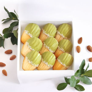 bisou box french riviera almond madeleine matcha chocolate